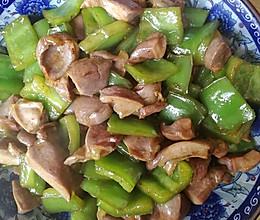 青椒炒鸭胗的做法