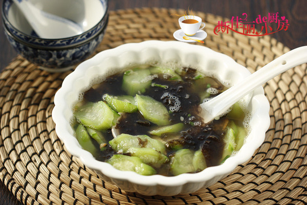 虾仁紫菜丝瓜汤的做法