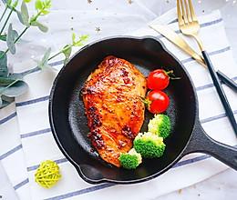 #花10分钟,做一道菜!#蜜汁煎鸡排的做法