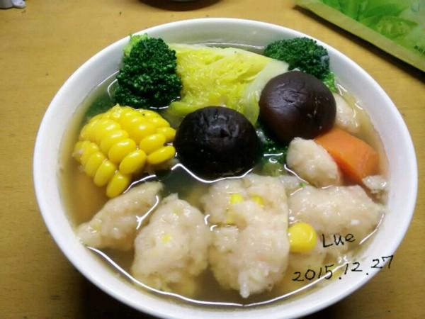 虾滑杂蔬汤