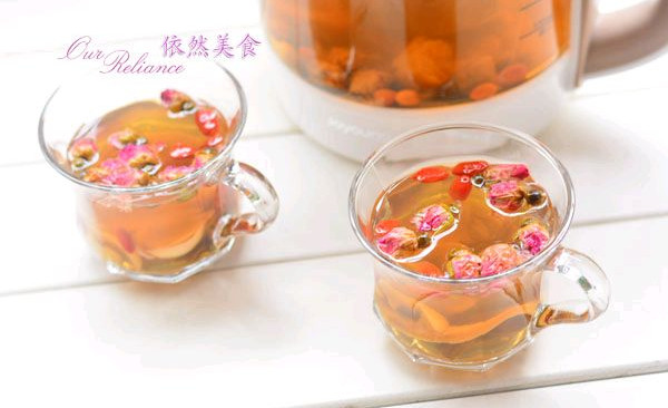 【九阳养生壶】玫瑰花草茶的做法