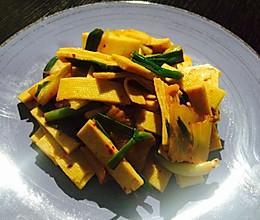 辣白菜,豆腐皮的做法