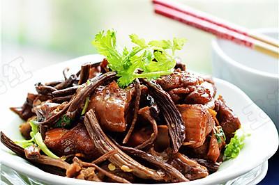 红烧鸡块茶树菇