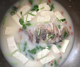催乳之王鲫鱼豆腐汤的做法
