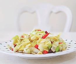 流口水的酸辣包菜的做法