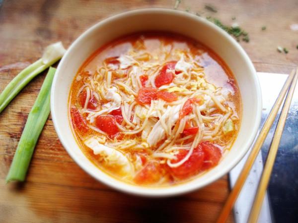 不忙碌的早餐——西红柿鸡蛋面的做法