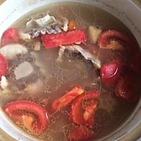 红酒西红柿牛尾汤的做法图解2