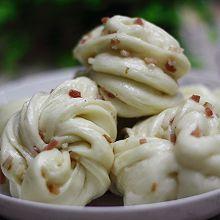 中式美味经典早餐:培根花卷