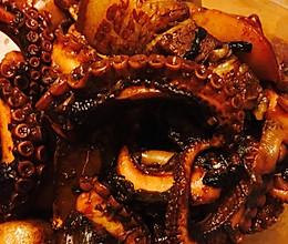 五花肉炖八爪鱼的做法