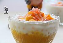 深受大众们喜爱的一道甜品---杨枝甘露的做法