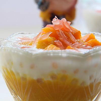 深受大众们喜爱的一道甜品---杨枝甘露