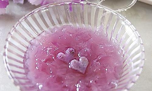心形紫薯雪耳羹的做法