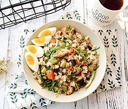 增肌减脂—糙米鸡胸肉沙拉的做法