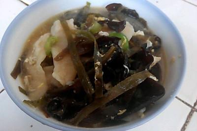 海带木耳丝瓜烩面片(2-3人份)