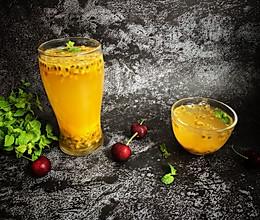#夏日冰品不能少#百香果蜂蜜水的做法