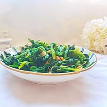 5分钟就能搞定的清炒菠菜:小白的首选家常菜