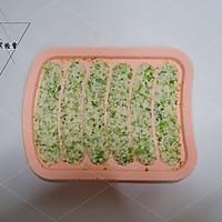 西兰花豆腐肠#10分钟早餐大挑战#的做法图解6