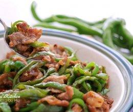 还在为吃辣椒炒肉排长龙?不如在家自己做的做法