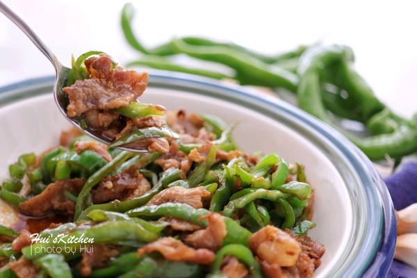 还在为吃辣椒炒肉排长龙?不如在家自己做