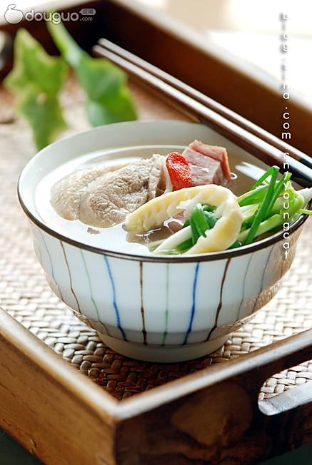 火腿扁尖老鸭汤的做法