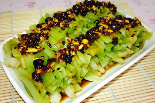 炎炎夏日,来份凉菜才是正经事--凉拌贡菜(美容保健)的做法