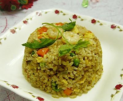 咖喱虾仁炒饭