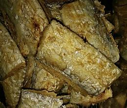 酥炸刀鱼的做法