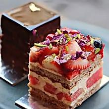 玫瑰草莓西瓜蛋糕,高颜值的美味!