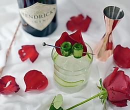 情人节玫瑰金汤力的做法