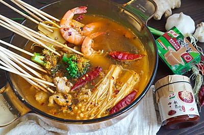 DIY简单又好吃的水煮肉片串串火锅