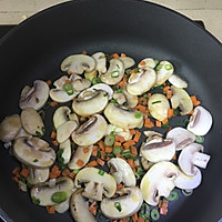 牛肉蘑菇芝士蛋饼的做法图解6