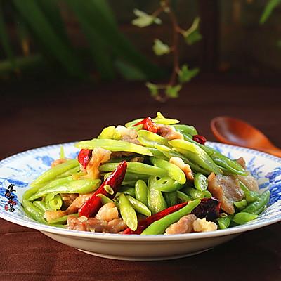 辣椒肉炒四季豆