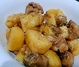 马铃薯炆鸡的做法
