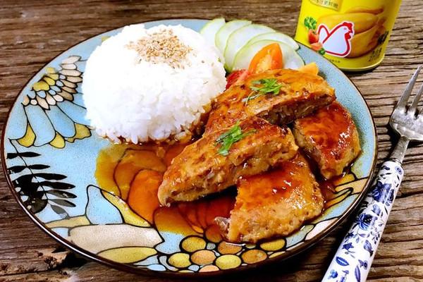 日式汉堡肉#鲜有赞,爱有伴#的做法