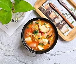 #快手又营养,我家的冬日必备菜品#暖身开胃【番茄豆腐菌菇汤】的做法