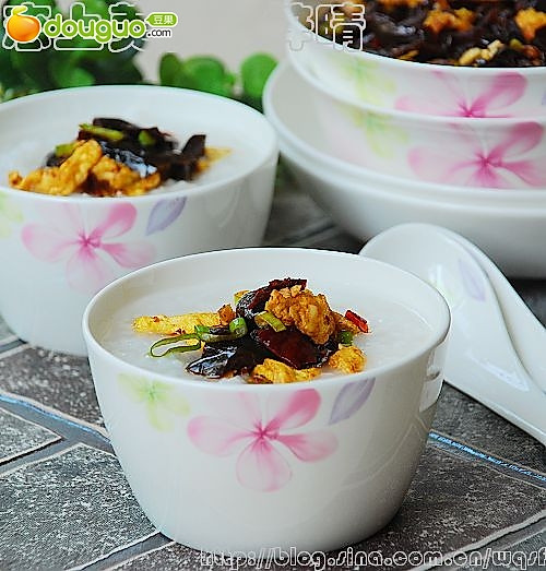 简单开胃菜:酱瓜炒蛋的做法