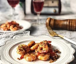 青虾这么做,鲜嫩好吃高大上~蒜香黄油烤虾的做法