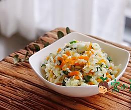 宝宝辅食:南瓜萝卜焖饭的做法