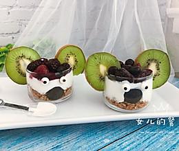 儿童甜品| Monster Cup的做法