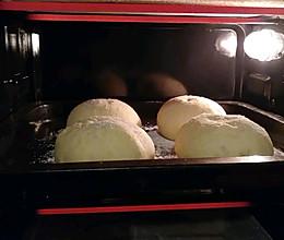 奶酪椰油欧包的做法