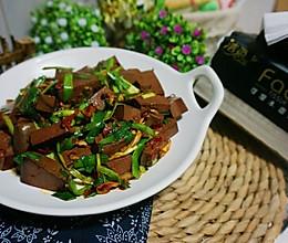 韭菜炒鸭血#洁柔食刻,纸为爱下厨#的做法