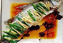 北京年夜饭必备清蒸鲈鱼的做法