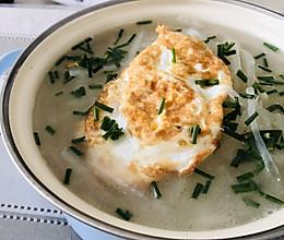 #餐桌上的春日限定#煎蛋萝卜丝汤的做法