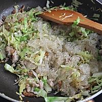 #菁选酱油试用之圆白菜炒粉丝的做法图解9