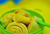 宝宝辅食系列之南瓜花卷的做法