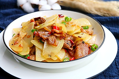 干锅土豆片·小美的美食