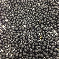 醋泡黑豆的做法图解1