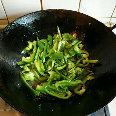 青椒肉丝的做法 步骤8