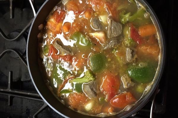 美式西红柿牛肉汤的做法