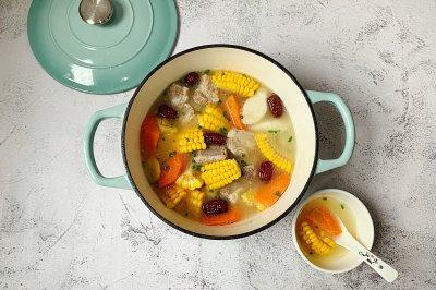 连吃三碗的玉米排骨汤